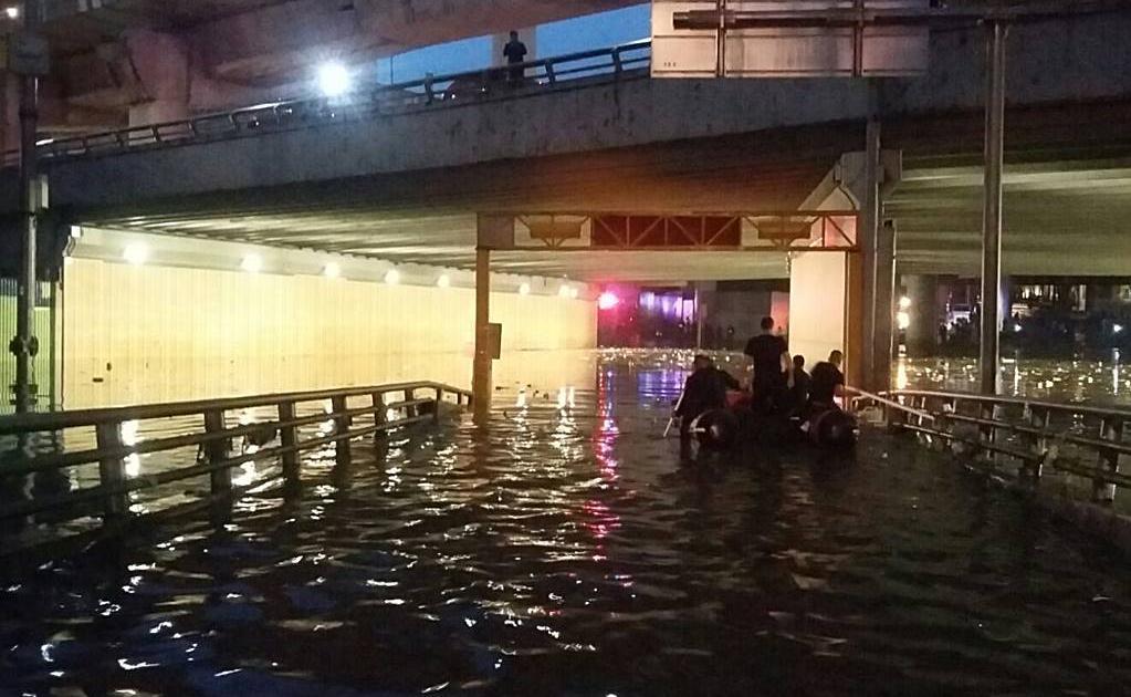 rescate inundaciones2 09042015